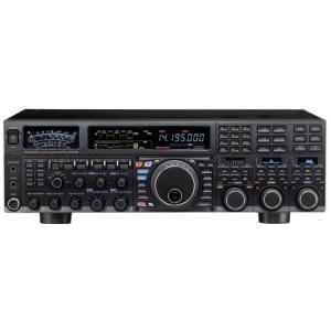 Transceptor HF y 6m Yaesu FT-DX 5000 MP 200W